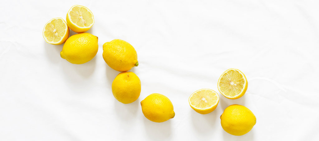 effects of citric acid - lemons in a line